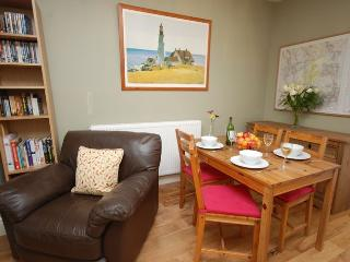 RAVIE - South East Wales vacation rentals