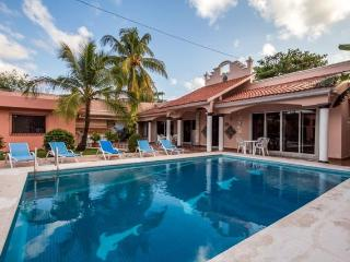 Casa Mirage - Unique Layout With 3 Private Casitas, Pool, Local Neighborhood - Cozumel vacation rentals