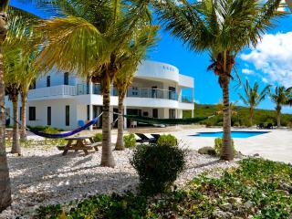 Luxury oceanfront villa with homecinema and private beach - Curacao vacation rentals