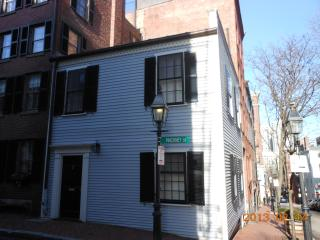 Lovely single family home on Beacon Hill - Boston vacation rentals