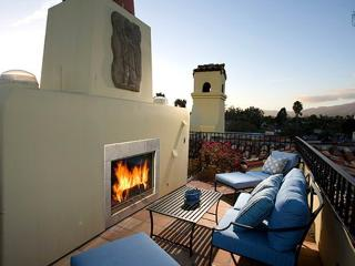 Luxury West Beach condo on 4 levels, rooftop deck with fireplace and views - Mykonos - Santa Barbara vacation rentals