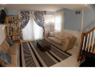 Charming Townhouse - Steps to City Dock and USNA - Annapolis vacation rentals