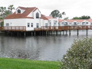 Cozy Lake View -Near Golf, Airport & Main Routes - Orlando vacation rentals