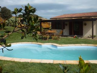 Villetta con piscina e tennis privati - Nulvi vacation rentals