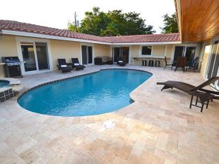 New 4 BD 3 BA Heated Pool Steps To Beach. Stunning - Fort Lauderdale vacation rentals