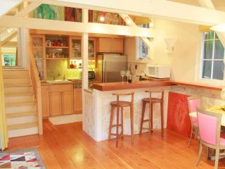 Carmel Treehouse~Walk to beach, town & 17 MileDr.! - Carmel vacation rentals