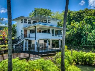 Oceanfront @ Beach - Hilo vacation rentals