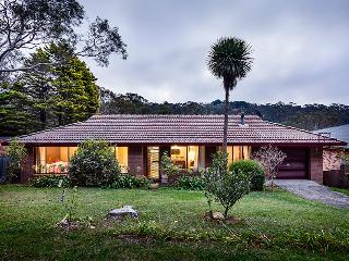 Fifth Avenue Guest House - Blue Mountains Accommodation - Katoomba vacation rentals