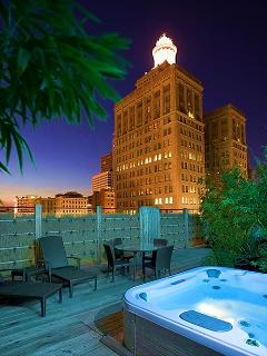 Book Online! Steps to Canal & French Quarter! Rooftop Hot Tub Stay Alfred UN1 - Image 1 - New Orleans - rentals