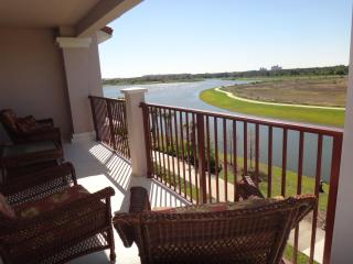 Vista Cay- 3 BR Luxury Apt w/ Lake View in Orlando - Kissimmee vacation rentals