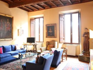 Giulia Luxury Apartment - Rome vacation rentals