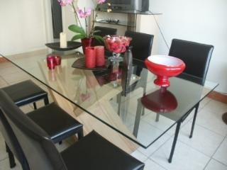 Cozy 3BR Apartment 10 Mins from City Center - Caen - Basse-Normandie vacation rentals