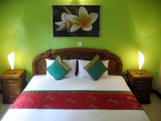 Villa Extra - stay like with friends - Negombo vacation rentals
