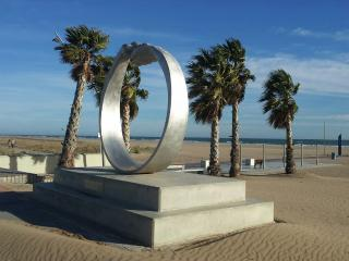 Apartment by the beach with terrace by Barcelona - Castelldefels vacation rentals