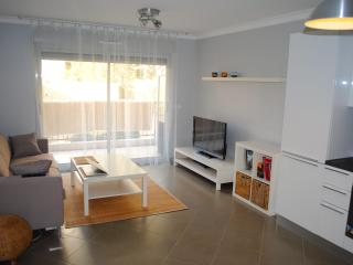 Modern Marius Maiffret Apartment - Nice vacation rentals
