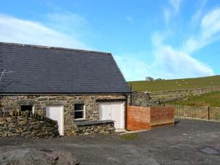 GLAN NUG BACH, games room, walks from the doorstep, in Rhydlydan, Ref, 26537 - Rhydlydan vacation rentals