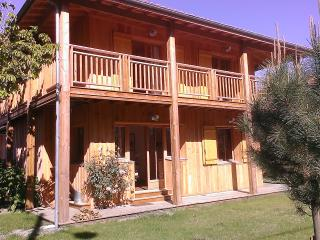 Six-bedroom house with garden - Ares vacation rentals