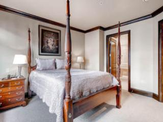 Lion Square Lodge 3BR/3BA East Valley View Deluxe - Vail vacation rentals