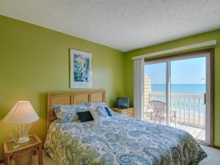 Beautiful 2 BR, 2.5 BA Oceanfront Condo - Kure Beach vacation rentals