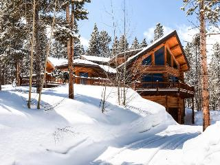 Modern log home on Peak 7 with a hot tub and amazing views - Fallen Timbers Lodge - Mountain Village vacation rentals