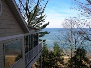 Gebhard Glen - Southwest Michigan vacation rentals