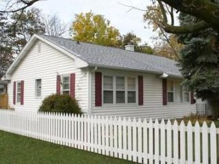 Walton Cottage - South Haven vacation rentals