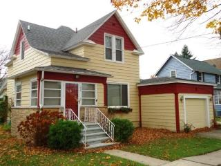 Peaches and Beach - Southwest Michigan vacation rentals