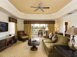 Cabana Court Retreat - Corner Unit, Close To The Pool - Reunion vacation rentals