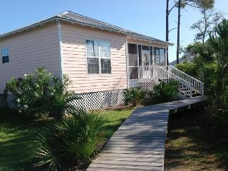 Fall Prices Reduced 25%, Relaxing and calm three bedroom beach cottage - Fort Morgan vacation rentals