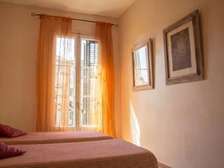 2 bedrooms apartment in Central Barcelona - Paris vacation rentals