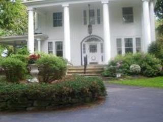 B-n-B guest room near Saratoga and Adirondacks - Broadalbin vacation rentals