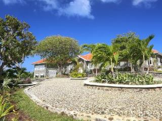 Hilltop Villa Atlantis with stunning views, indoor gated courtyard, infinity pool & staff - Saint Lucia vacation rentals