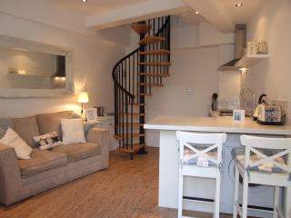 The Boathouse in the Heart of Looe - Looe vacation rentals