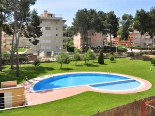 Apartment for 6 persons, with swimming pool , in La Pineda - Province of Tarragona vacation rentals