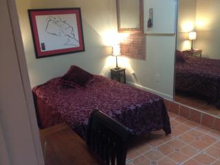Studio in the heart of plantation - Plantation vacation rentals