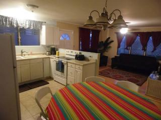 Hukilau House - Close to Beach and Hiking - Laie vacation rentals