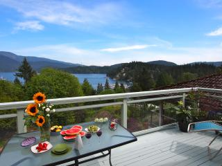 Panoramic Views, Best Local (Deep Cove), 20 Mins from Downtown Van! - North Vancouver vacation rentals