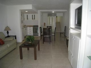 Master Suite With full Kitchenet on the beach for 4 to 5 people - Cancun vacation rentals