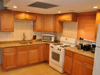 2nd Floor newly renovated hidden jem - Palm Beach vacation rentals