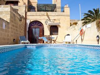 Spacious Villa with Large Outdoor Private Pool - San Lawrenz vacation rentals
