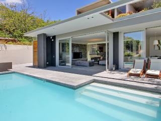 Spacious, tranquil luxury, 2 min walk to the beach - Camps Bay vacation rentals