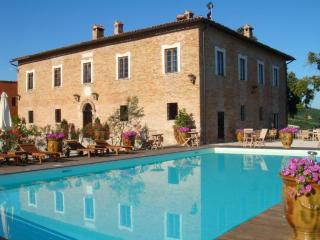 Paradise on Earth Villa BAROCCO  Urbino - Urbino vacation rentals