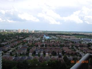 Executive Furnished Apartment/Condo available Mississauga Canada - Mississauga vacation rentals