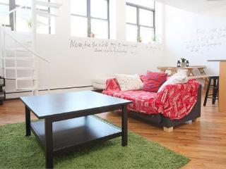 The Refinery- 4 (6 beds) - Brooklyn vacation rentals