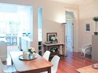 Stylish Woollahra Holiday or Executive Rental - Woollahra vacation rentals