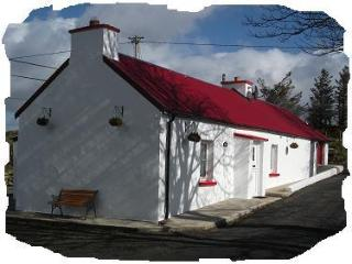 Traditional 150 year old cottage, from 3/1/15, 2nd B/room sleeps 6 - Ballybofey vacation rentals