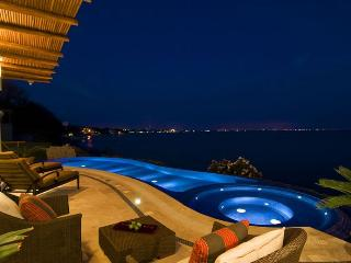 Luxury Beachfront Villa in the Riviera Nayarit (Punta Esmeralda) - La Cruz de Huanacaxtle vacation rentals
