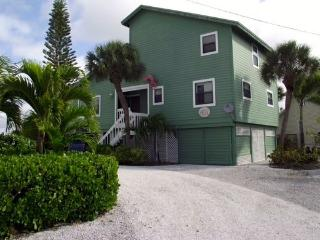 Boca Grande Beach House PET FRIENDLY - Nelson vacation rentals