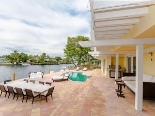 Middle River Mansion in Fort Lauderdale - Fort Lauderdale vacation rentals