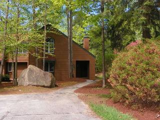 3 Bedroom Unit at Deer Park with Great Recreation Center (DOH8M) - White Mountains vacation rentals
